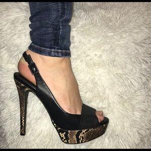 Vintage Jessica Simpson Snakeskin and black heels